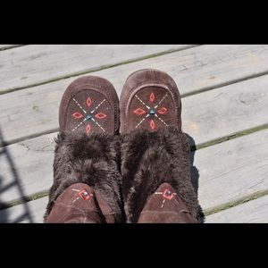Boho fur moccasin Native American Muk Luk Boots🌿
